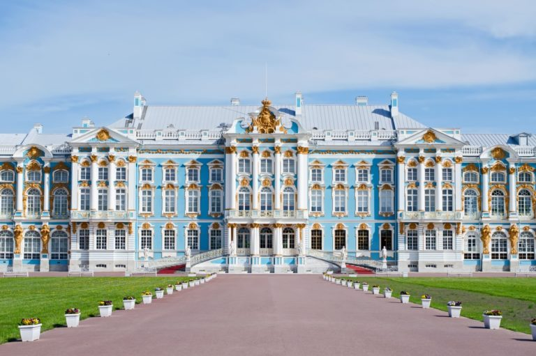 catherine palace   pushkin   tsarskoye selo   russia   façade   the man in the front seat   bwd vacations